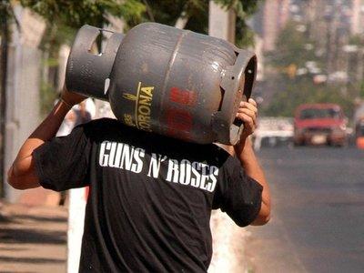 Liberan cargas de gas de Bolivia y vuelve la calma