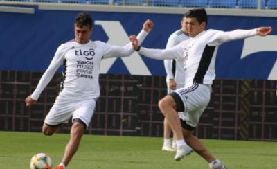 HOY / Paraguay quiere ratificar su transformación ante una Bulgaria en crisis