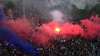 """UE llama a Santiago a """"atender"""" demandas del pueblo chileno"""