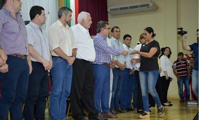 Gobierno entregará millonarios aportes a través de la EBY, en Itapúa