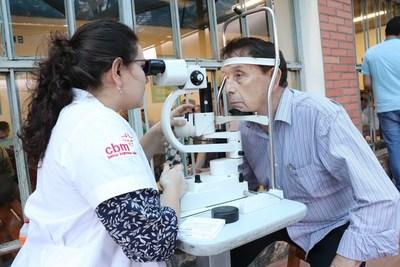Fundación Visión ofrece controles oftalmológicos a diabéticos