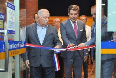 Interfisa Banco renovó la sucursal de Lambaré