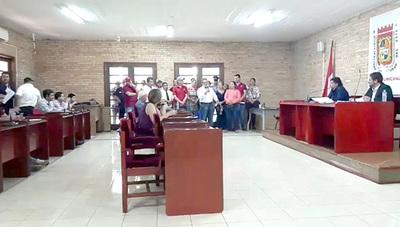 Trabajadores de la vía pública rechazan convenio con MOPC que pretende retirarlos de sus puestos