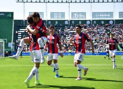 San Lorenzo dejará libre a uno de sus paraguayos
