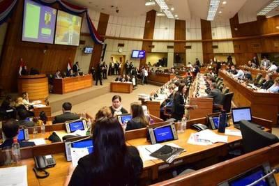 Diputados aprueba aumento salarial para docentes y regirá desde abril
