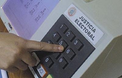 No se halló irregularidades y sigue licitación para máquinas de votación