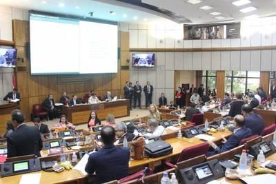 Senado ratifica elevar el déficit fiscal hasta el tres por ciento