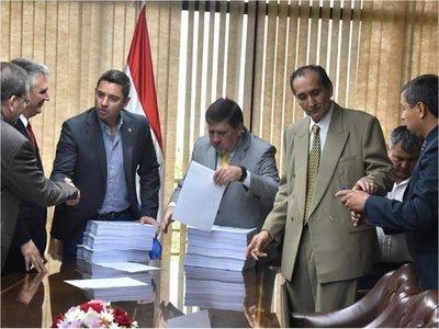 Titular de CBI ratifica que acta sobre Itaipú dañó intereses del país