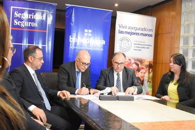 Alianza entre Banco Basa corredores de seguros y Seguridad S.A Cia de seguros