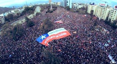 Congreso de Chile acuerda plebiscito para cambiar la Constitución