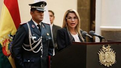 Áñez quiere prohibir que movimiento de Evo Morales participe de las próximas elecciones generales