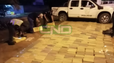 Detienen a policía por retener camión cargado de marihuana