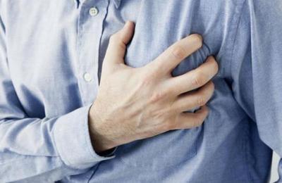 El sencillo truco que te podría salvar de sufrir un infarto