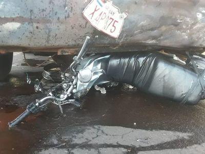 Motociclista muere durante accidente en Horqueta