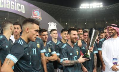 HOY / Messi anota en el triunfo de la Albiceleste frente a Brasil
