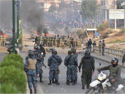 Fuertes enfrentamientos en Cochabamba, con heridos