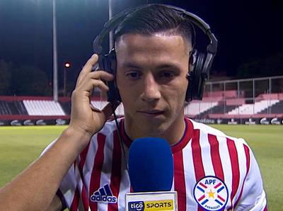 Sebas Ferreira marca doblete y es la figura en Paraguay