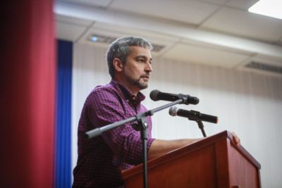 Mario Abdo invita a hacer oposición con criterio y pensando en el país