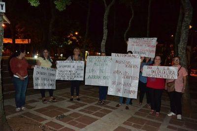 Funcionarios del hospital de San Juan se movilizan