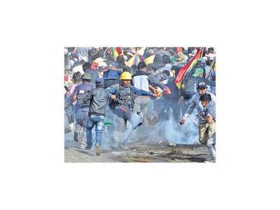 Buscan la pacificación en Bolivia, tras muerte de partidarios de Evo