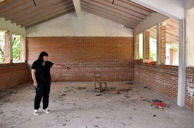 Obras millonarias del MEC, abandonadas  en Piribebuy