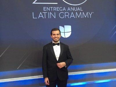 ¿Quién es el paraguayo que entregó premios en los Latin Grammy?