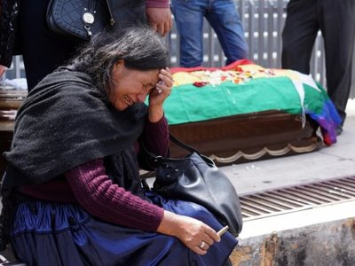 La muerte de nueve personas agrava aún más la profunda crisis en Bolivia