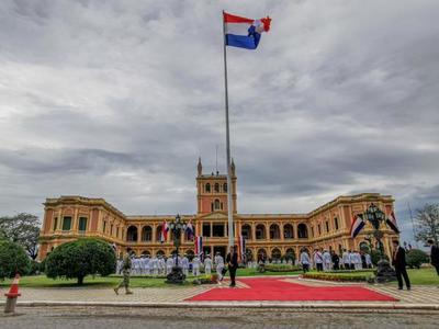 Mandatario paraguayo recibe al Secretario General de la OEA
