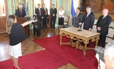 HOY / Celdas VIP y mafias penitenciarias: nueva ministra anuncia lucha frontal