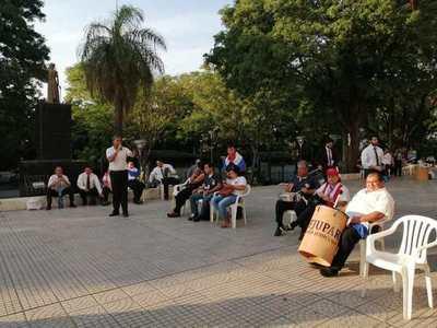 Segunda semana de paro en el Poder Judicial: un funcionario inició huelga de hambre