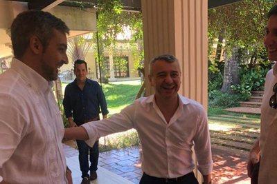 Acusan a asesor político de la Presidencia de usurpar función de ministros