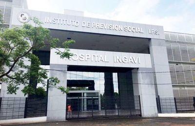 Senador denuncia sobrefacturaciones en compra de medicamentos de IPS