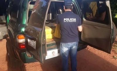 HOY / Caaguazú: incautan casi 500 kilos de marihuana que iban 'a simple vista' en una camioneta