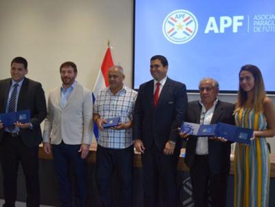Técnicos paraguayos obtienen Licencia Pro