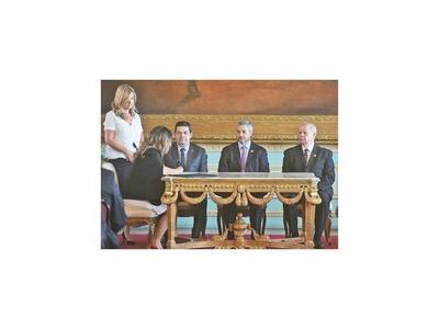 Nueva ministra de Justicia reactivará la mesa de crisis