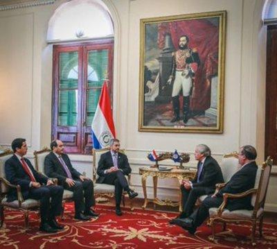 Paraguay ratifica compromiso con la democracia y la defensa de los DD.HH