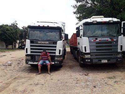 Camioneros paraguayos aguardan cese de la crisis en Bolivia