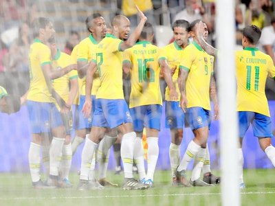 Brasil corta su mala racha ante Corea del Sur