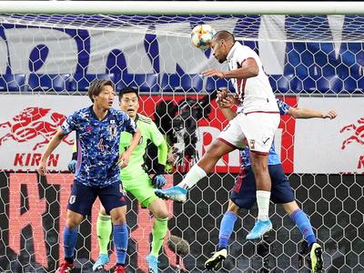 Con tres goles de Rondón, Venezuela derrota a Japón