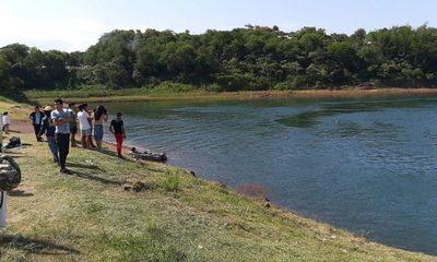 Alumnos del Colegio Área 5 desaparecen en aguas del Paraná