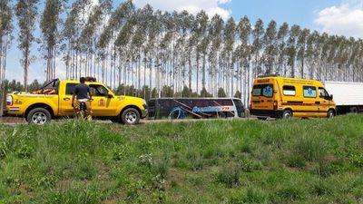 Colisión de bus con automóvil en Paraguarí