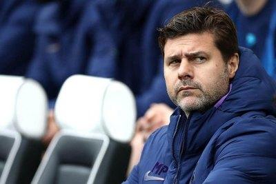 Tottenham cesó del cargo al técnico Pochettino