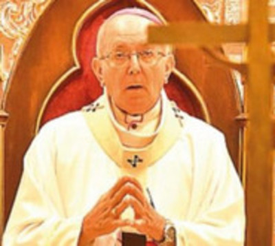 Edmundo Valenzuela, arzobispo metropolitano de Asunción renunció