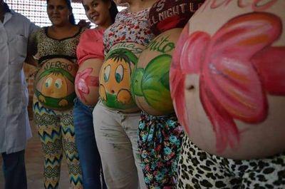 Educación y festejo para 120 embarazadas