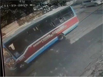 Peatón murió atropellado por ómnibus en San Lorenzo