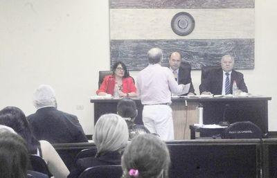 """Bower negó torturas a policías y dijo que """"Lucho"""" ordenó los arrestos"""