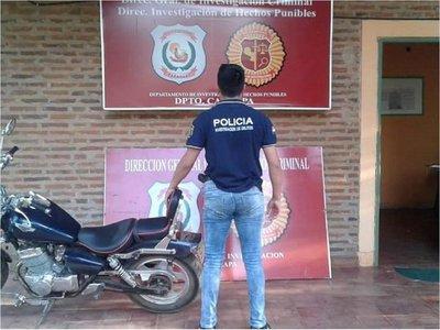 Ofreció su motocicleta por Facebook y fue víctima de robo