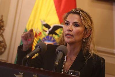 Presidenta de Bolivia pide a Congreso que apruebe ley para convocar a elecciones