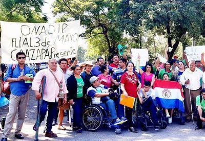 Discapacitados exigen auditoría en Senadis y denuncian abandono