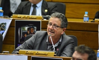 'Pagos por horas extras son para operadores políticos', asegura diputado